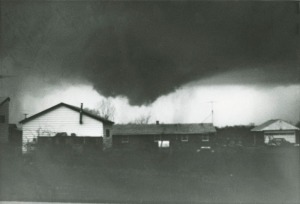 Xenia tornado cloud 1974