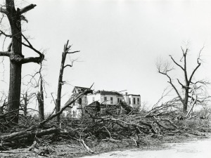 Xenia tornado destruction of house